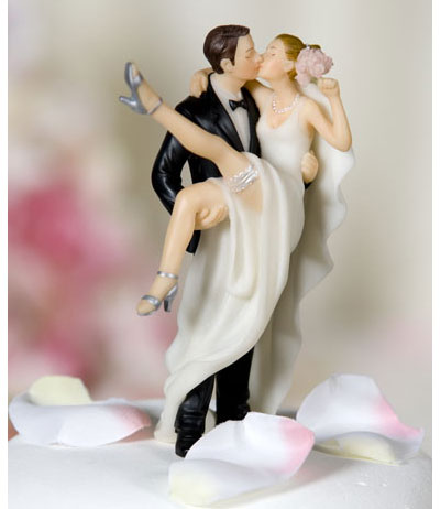 Have Fun With Your Wedding Cake Topper!